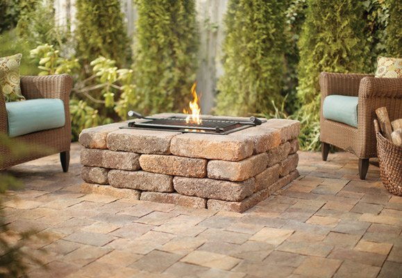 5 amazing backyard spaces fire pit ideas for Backyard rock fire pit ideas